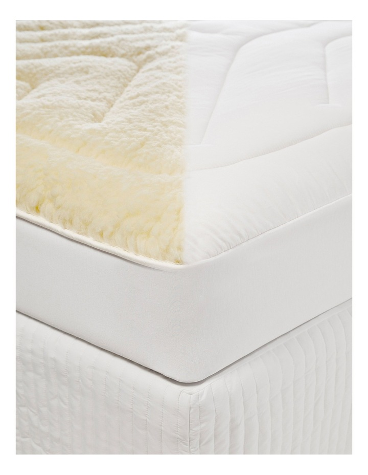 Sleep Restful Wool Mattress Topper image 2