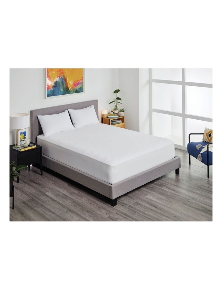Halycon Bamboo Jersey Waterproof Fitted Mattress Protector image 2