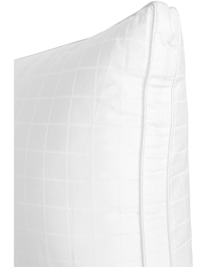 Alternative to Down Polyester Pillow Medium image 3