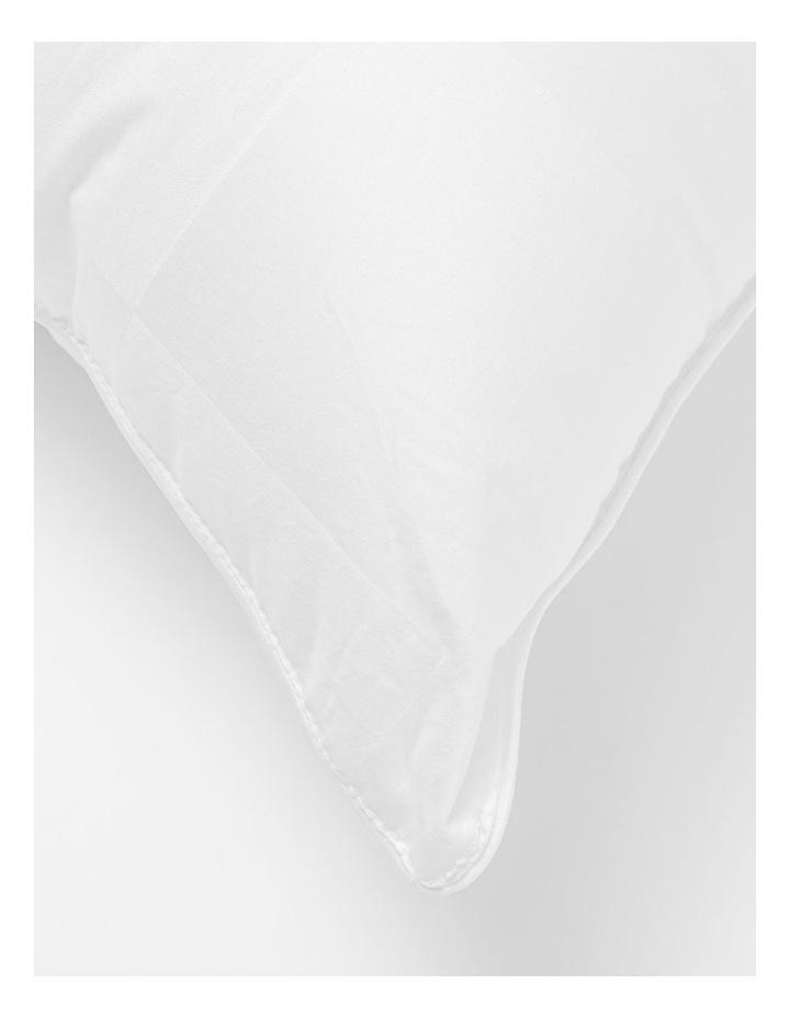 Side Sleeper Polyester Pillow image 3