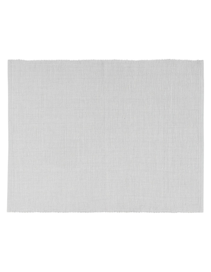 Madisson Ribbed placemat 30 x 45cm Silver image 1