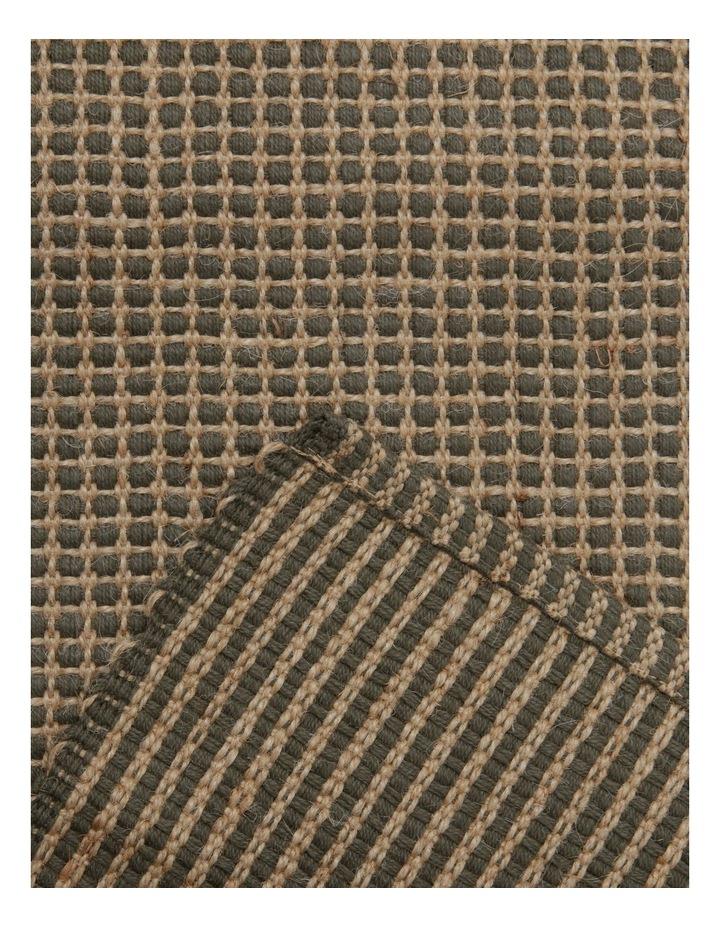 Ezra Table Runner 33X150CM Dusty Olive image 2