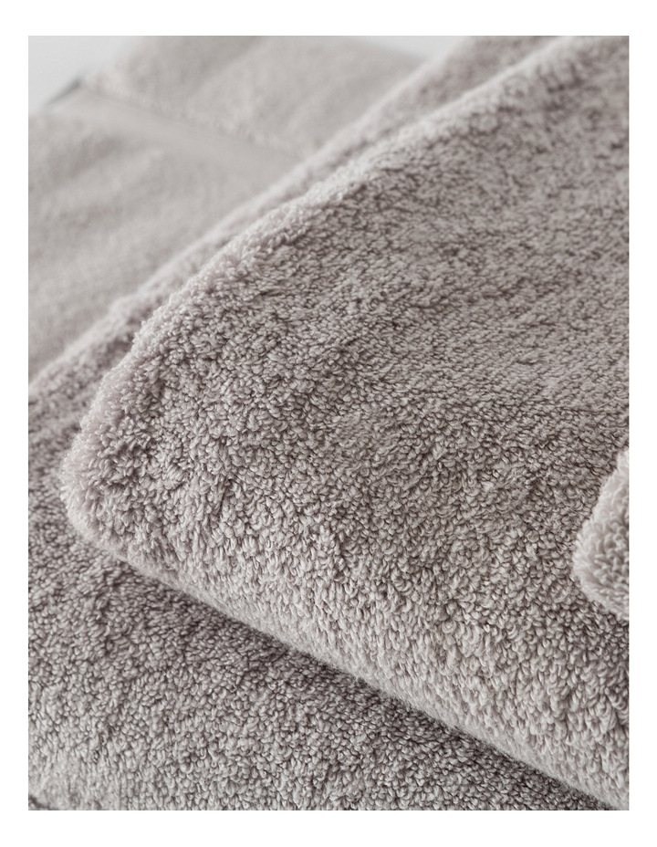Quick Dry Luxury Towel Range in Silver image 4