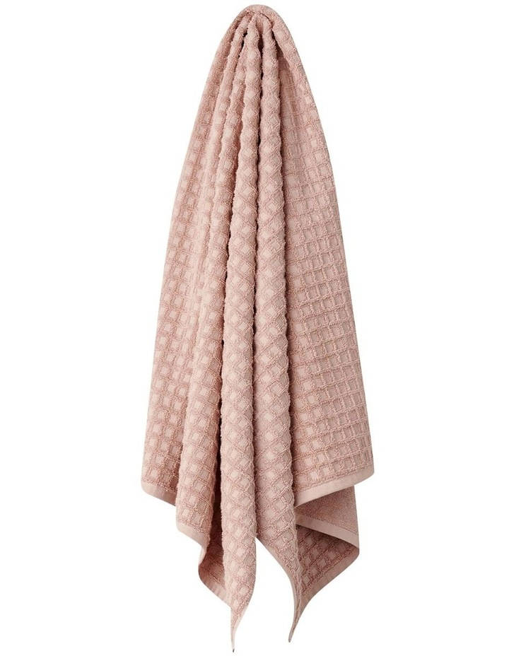 Waffle Bath Towel Set in Pink Clay image 3