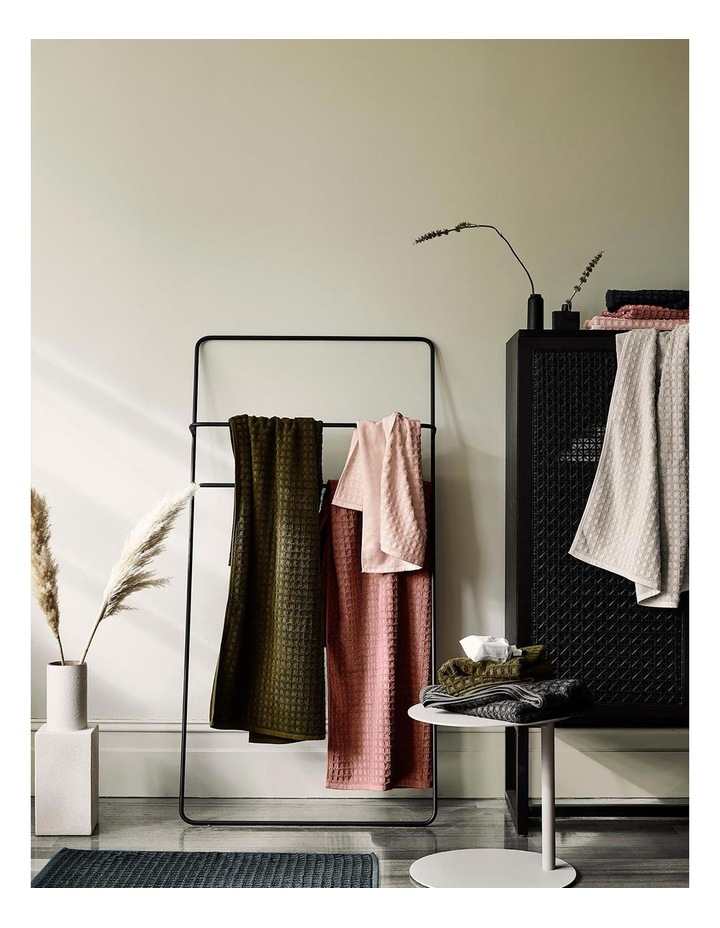 Waffle Bath Towel Set in Pink Clay image 5