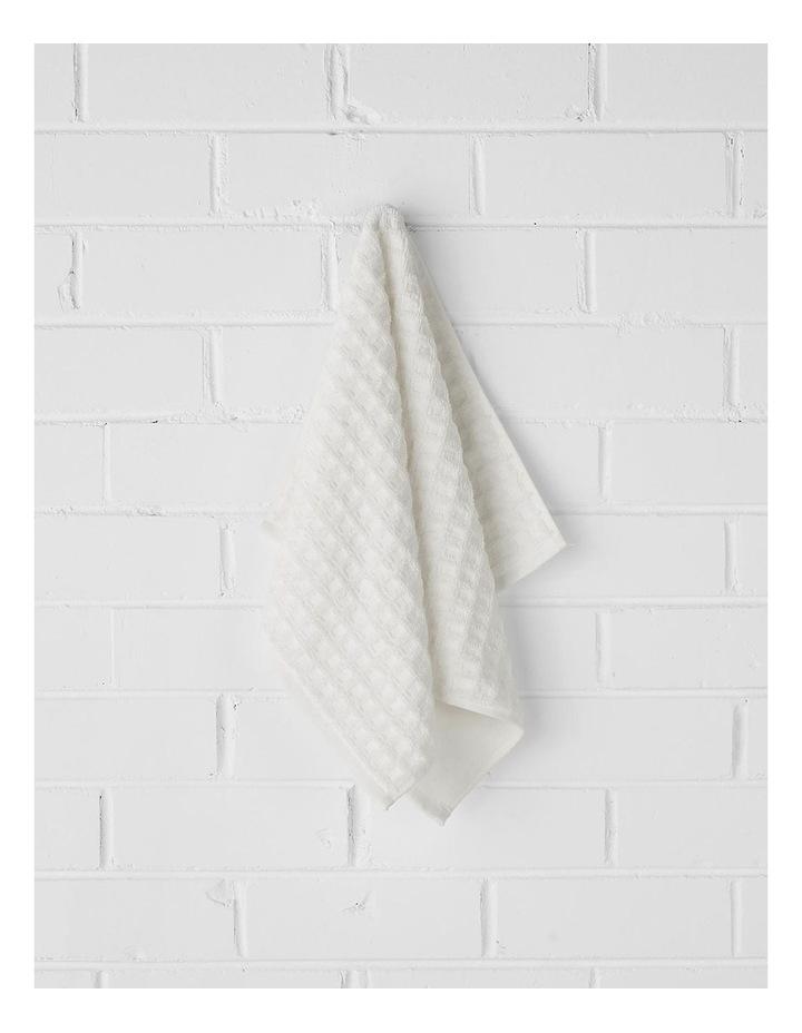 Waffle Bath Towel Set - White image 2