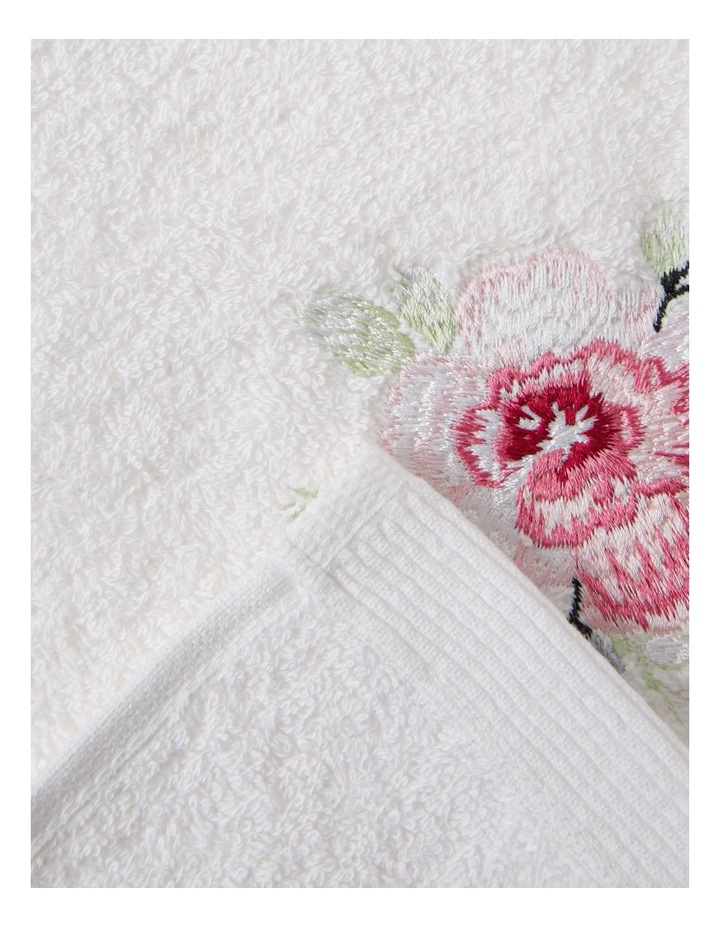 Roses Hand Towel in White image 2