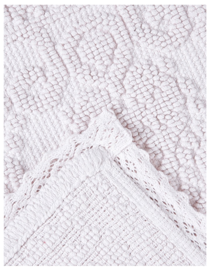 Lorient bath Mat in Pink image 2
