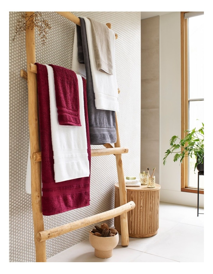 Premium Egyptian Cotton Towel Range in White image 2