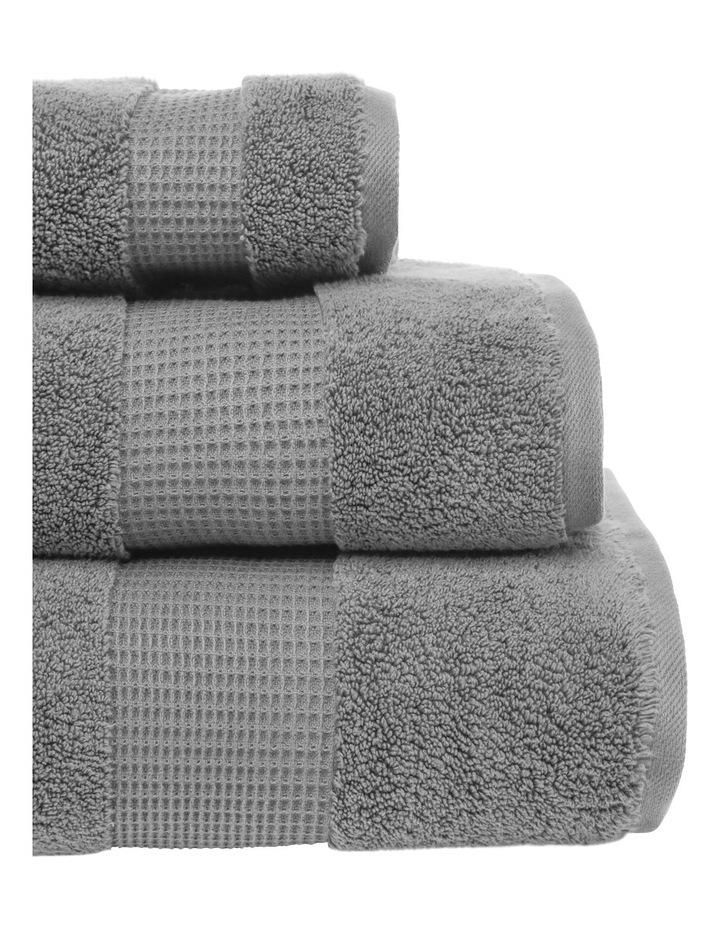 Hotel Serenade Bath Towel: Silver Rise image 2