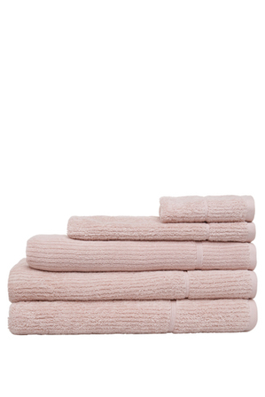 Vue - Combed Cotton Ribbed Towel Range in Dusty Pink