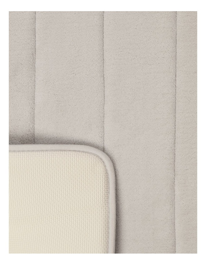 Madeline Memory Foam Stripe Bath Mat in Oyster image 2
