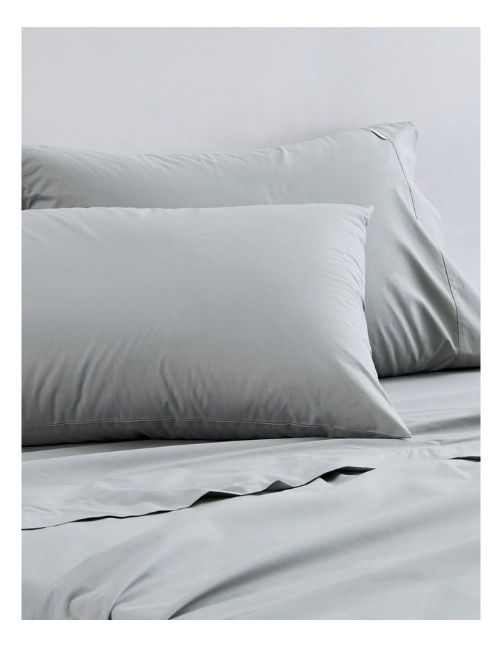 300TC Classic Percale Sheet Set in Iron Grey image 1
