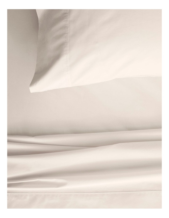 300TC Organic Percale Sheet Set in Sand image 2