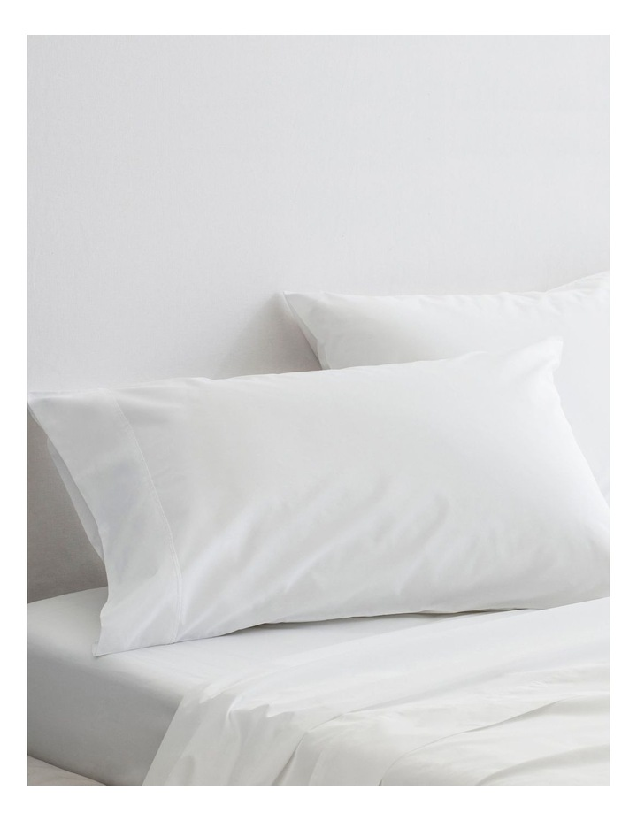 300TC Organic Percale Sheet Set in Snow image 3