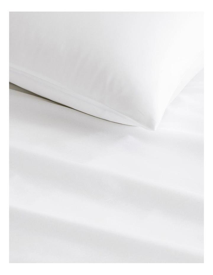 Tencel Lyocell Fibre & Cotton Sheet Set in White image 2