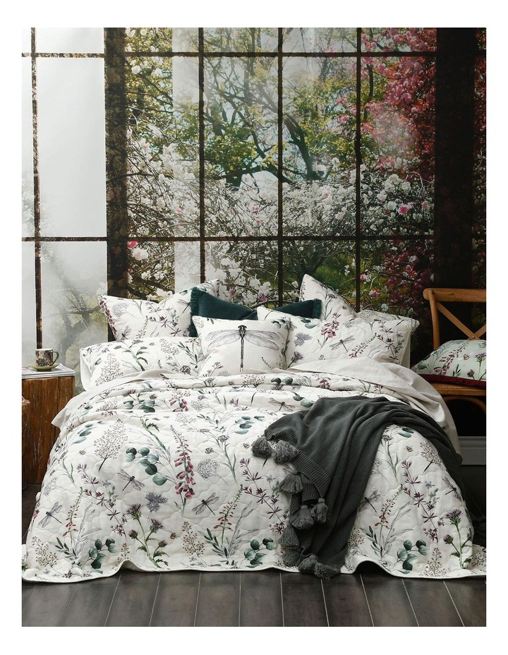 Lula Bed Cover Set In Multi image 1