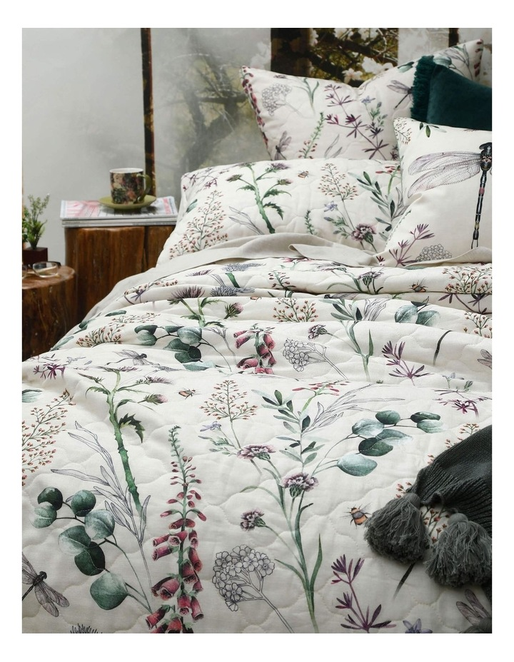 Lula Bed Cover Set In Multi image 2