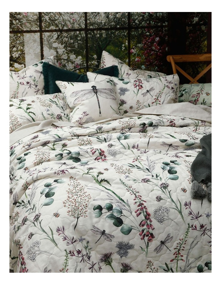 Lula Bed Cover Set In Multi image 3