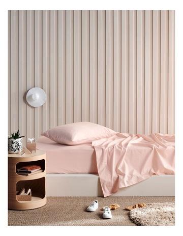 Petal pink colour