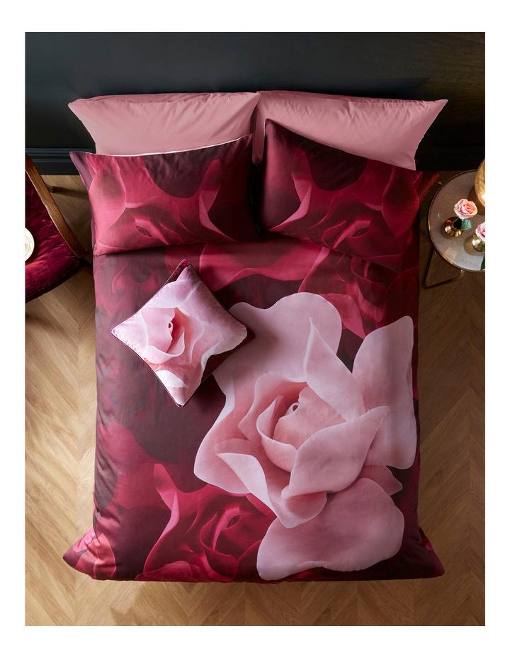 Porcelain Rose Quilt Cover image 1