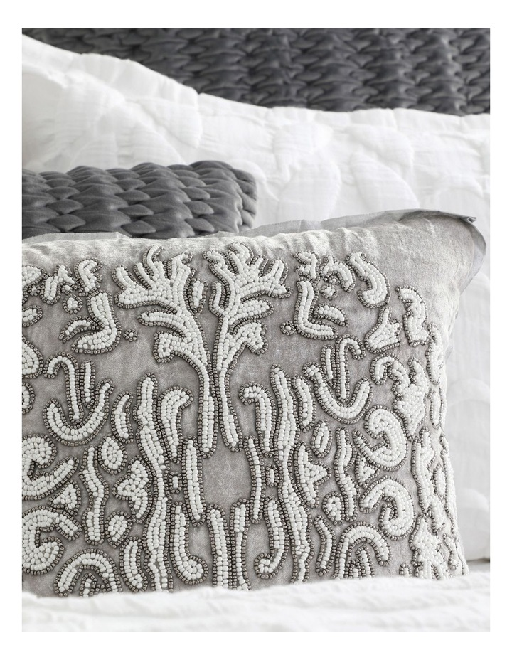 Upton Quilt Cover Set in White image 6