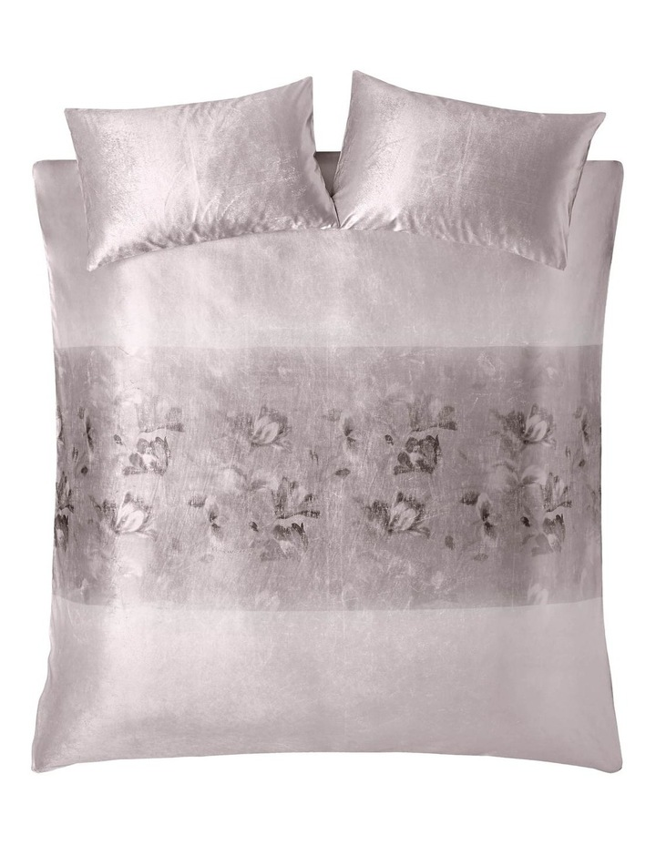 Luciana Quilt Cover in Blush image 2