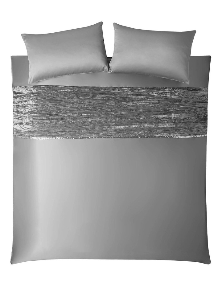 Zander Quilt Cover in Silver image 2