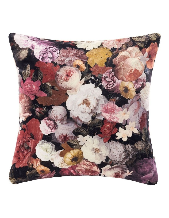 Uma Cushion image 1