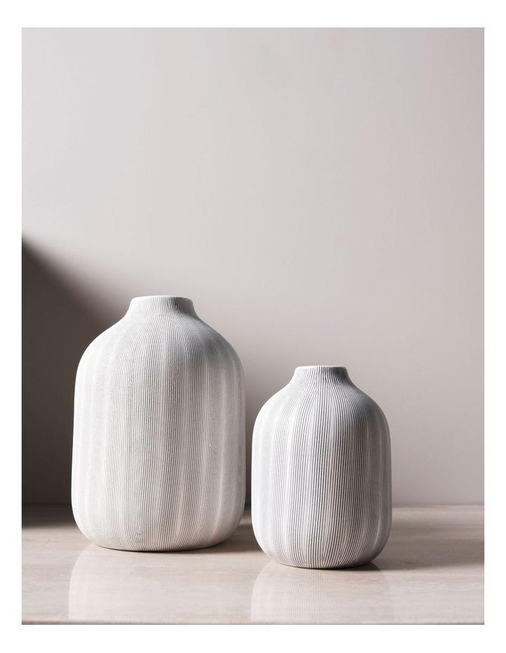 Haley Vase 17cm In Chalk image 2