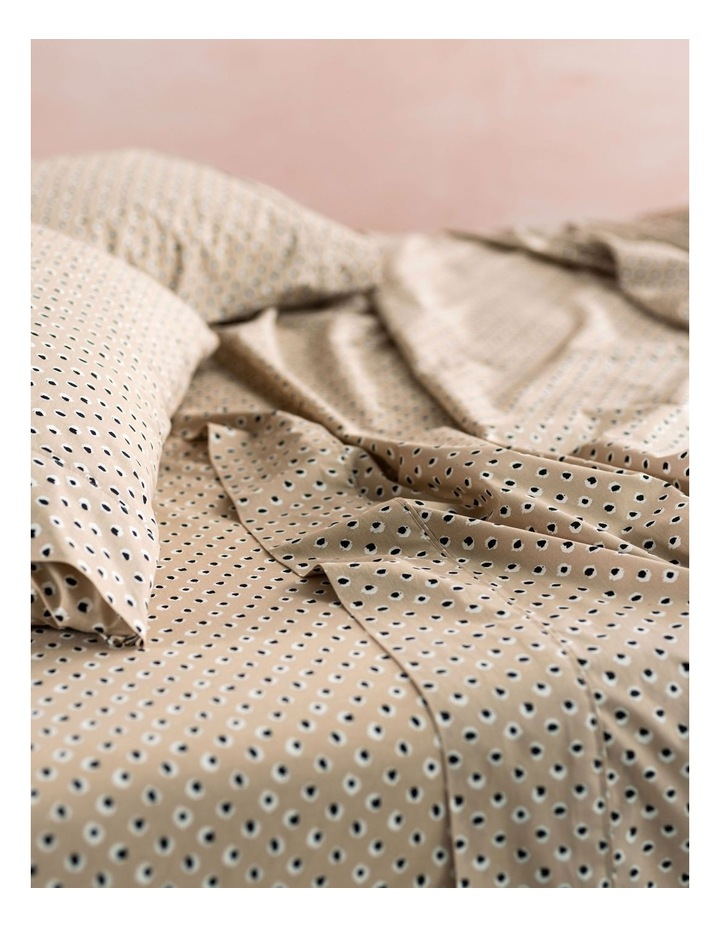 Cleopatra Sheets in Sand image 2