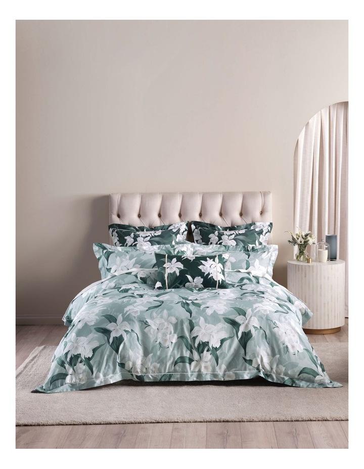 Cattleya Cushion image 3