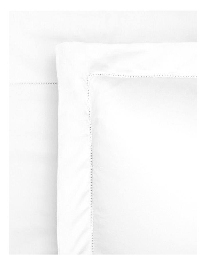 400TC Luxurious Egyptian Cotton Sateen Fitted Sheets in White image 1
