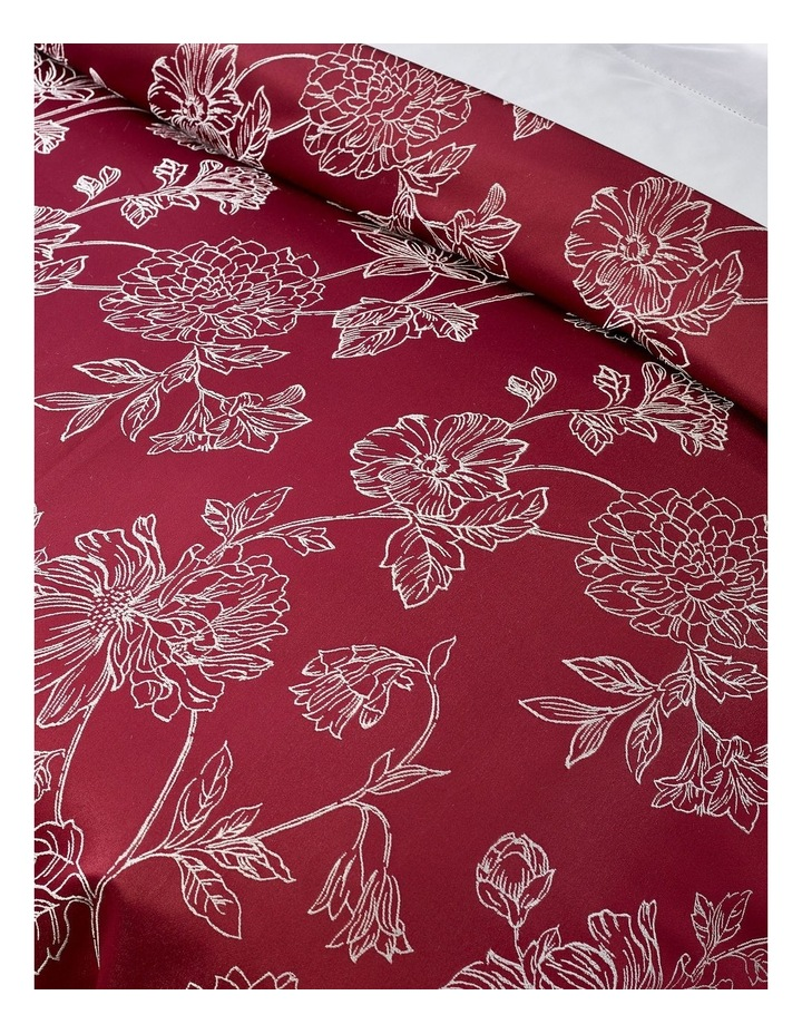 Kiku Quilt Cover Set in Berry image 2