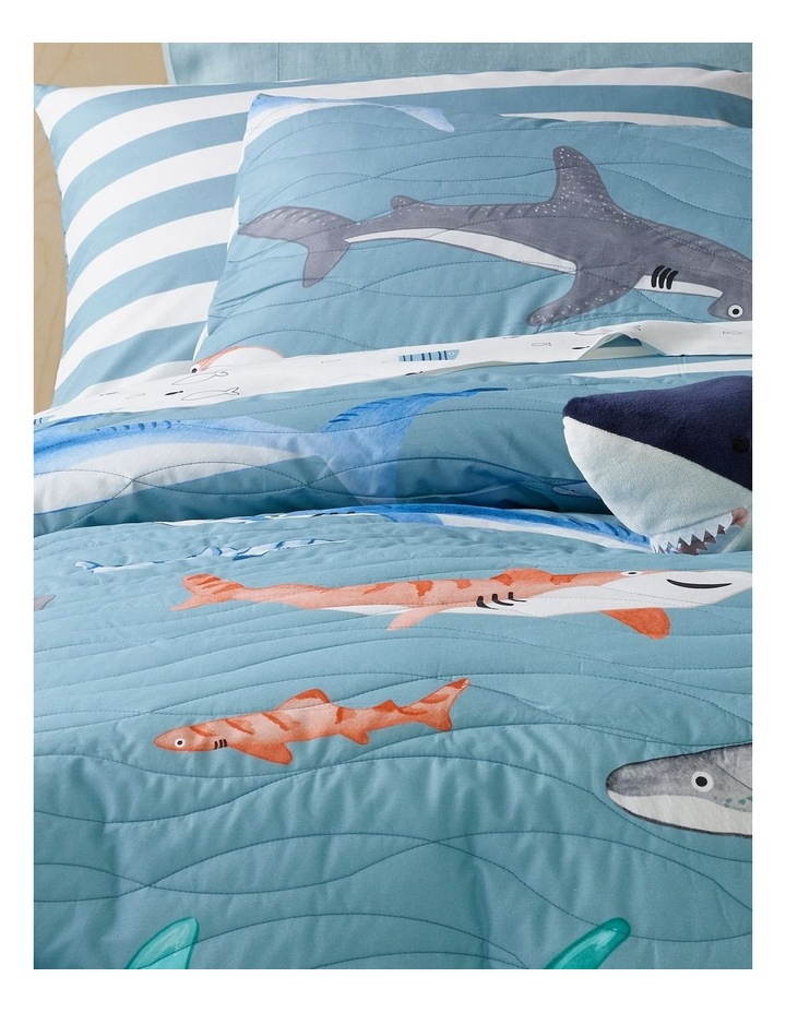 Sharks in the Sea Quilted Quilt Cover Set image 2