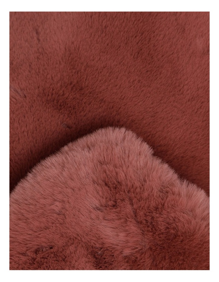 Amelie Faux Fur Throw in Withered Rose image 2