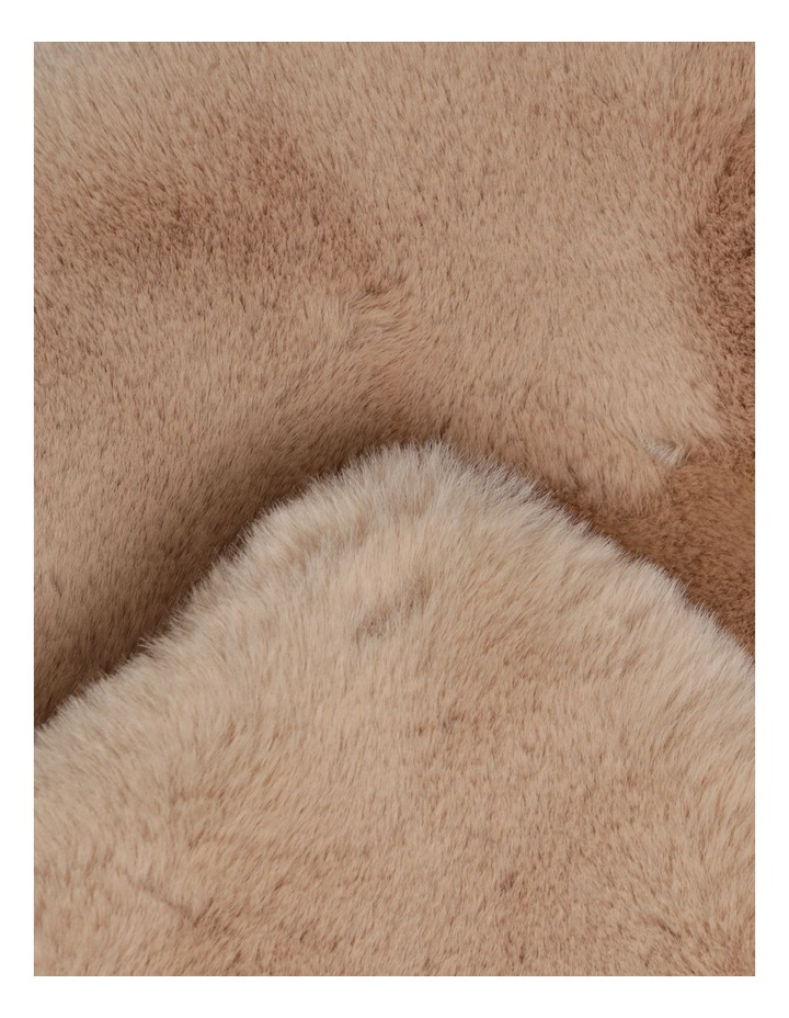 Amelie Faux Fur Throw in Taupe image 3