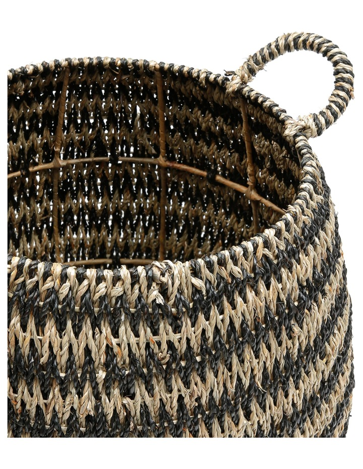 Set of 2 Round Arrow Weave Baskets image 2