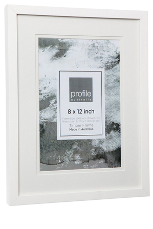 Profile | Deluxe Photo Frame 8x12"|299|448|?|ba229284c8763f35368e90c9293f981d|False|UNLIKELY|0.3436990976333618