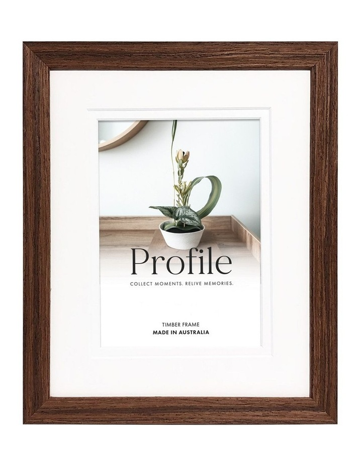 """Deluxe 6x8""""/4x6"""" Timber Photo Frame in Chestnut image 1"""