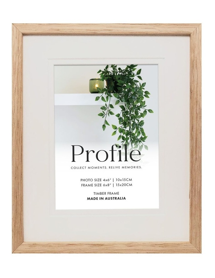 """Deluxe 6x8""""/4x6"""" Timber Photo Frame in Oak image 1"""