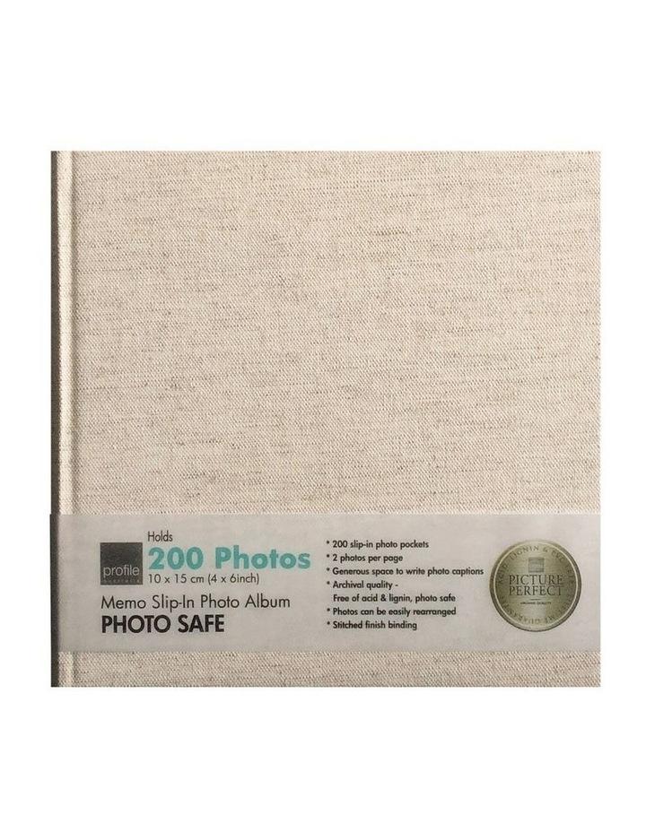 Photo Album Plush - 200 Capacity image 1