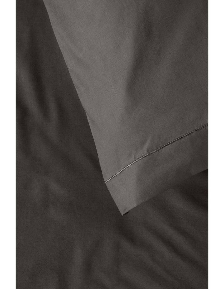 400 Thread Count Crisp & Fresh Egyptian Cotton Flat Sheet in Dark Grey image 4