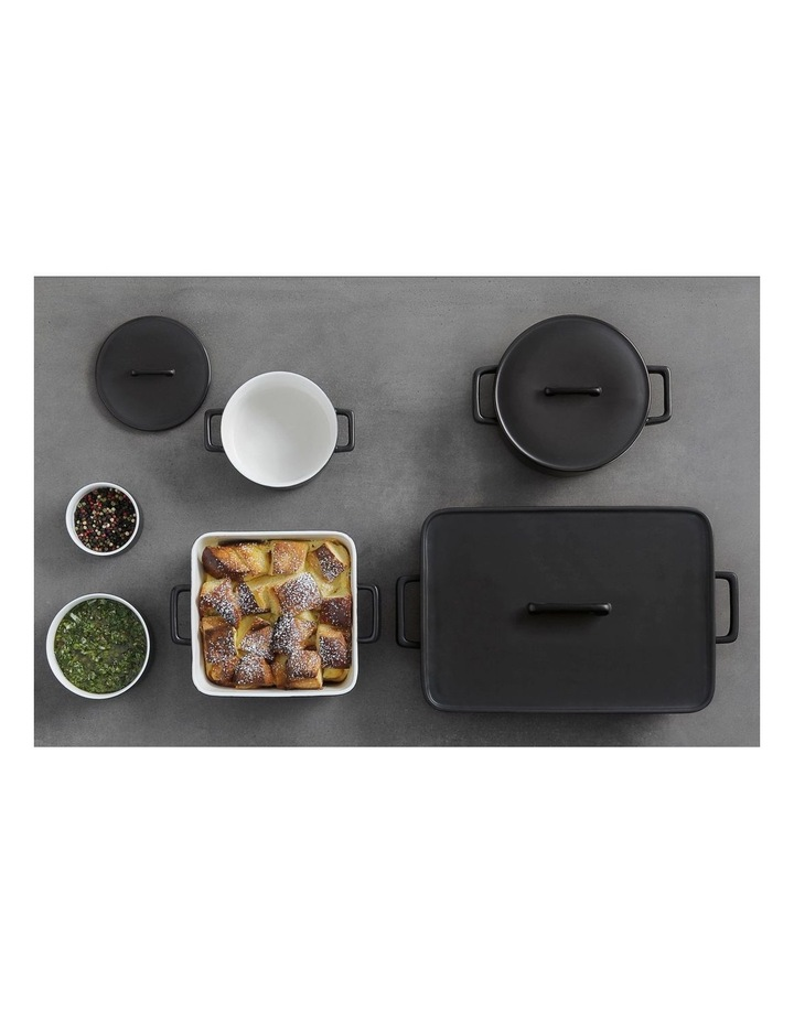 Epicurious Rectangular Baker with Lid 32x22.5x7cm Black Gift Boxed image 2