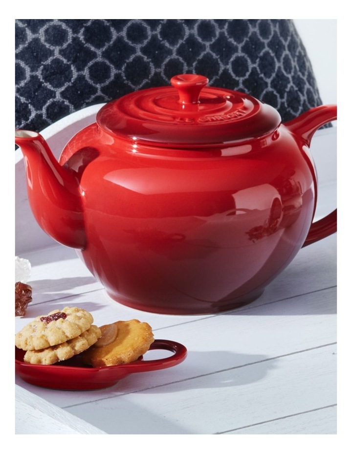 Classic Teapot wth Stainless Steel Infuser Cerise image 2