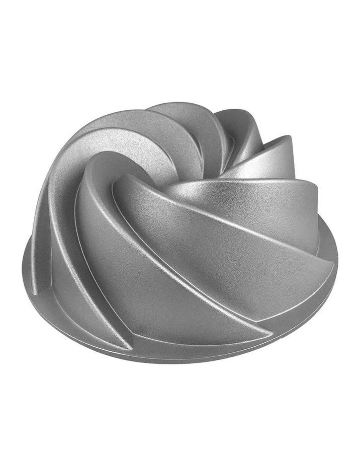 Swirl Cake Pan image 1
