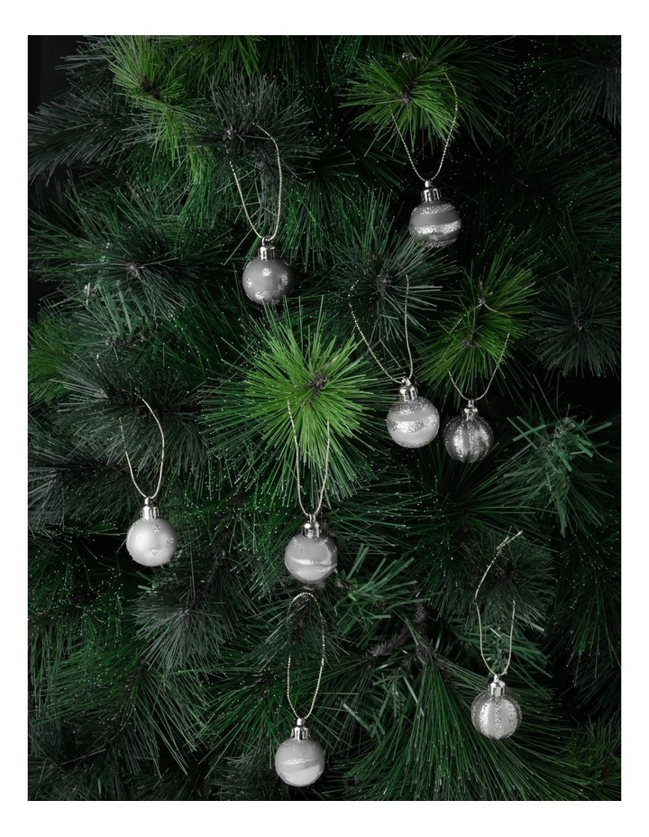 Eucalyptus Assorted Silver Shatter-Resistant Baubles 20pk image 2
