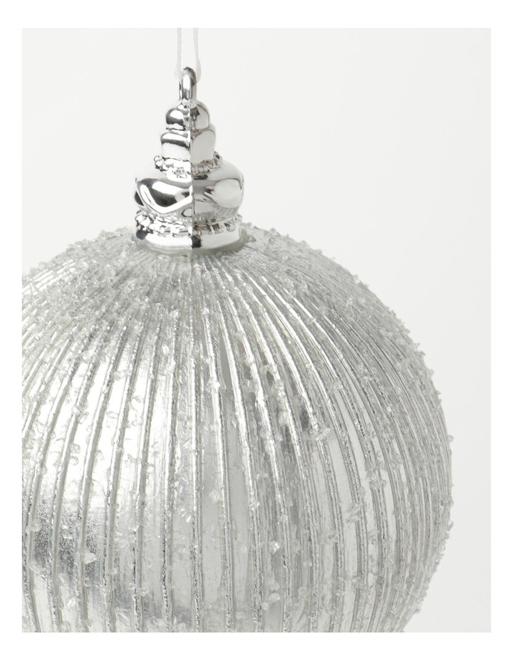 Luxe Plastic Sugar Frosted Ribbed Bauble - Silver: 10 cm image 3