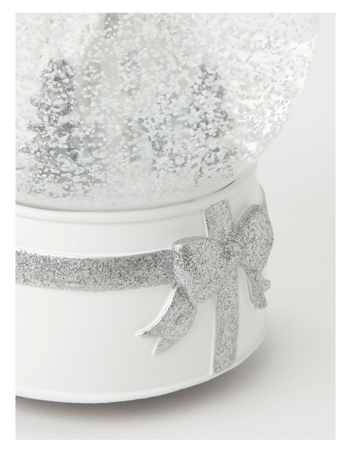 Eucalyptus Polyresin House & Trees Musical Snowglobe- White/Silver: 21cm image 3