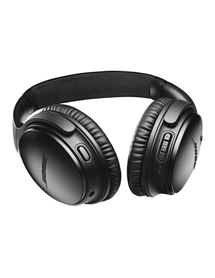 QuietComfort QC35 Wireless Headphones II - Black image 5